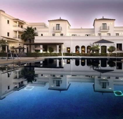 The swimming pool at or near Hotel Doña Lola Zahara