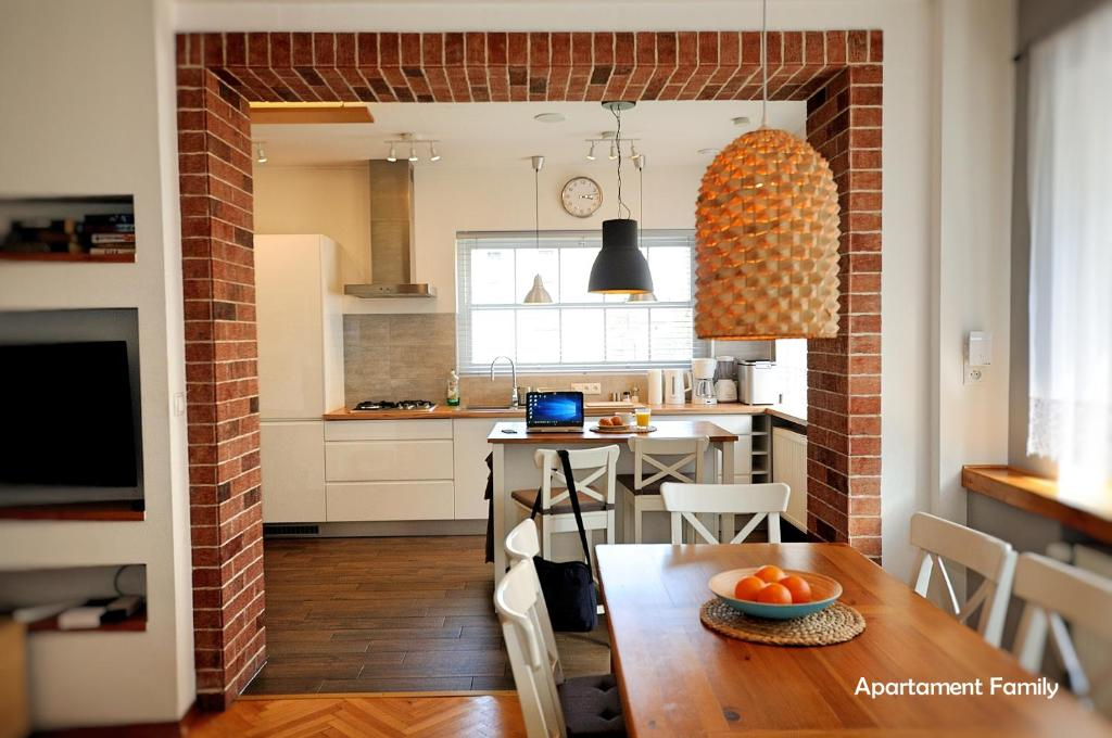 Kuchnia lub aneks kuchenny w obiekcie Biały Dom - 2 Bedrooms