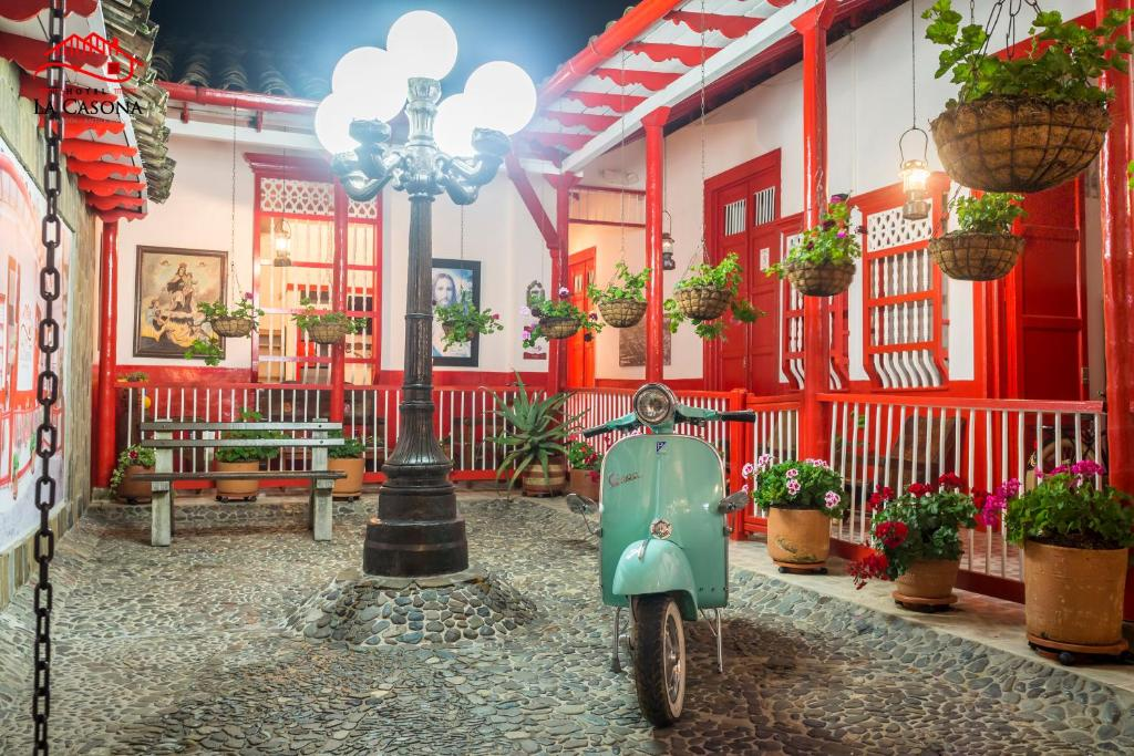 A restaurant or other place to eat at Hotel La Casona