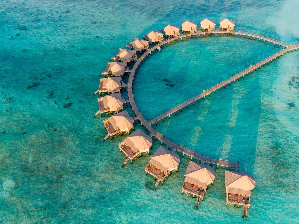 Widok z lotu ptaka na obiekt Komandoo Island Resort & Spa
