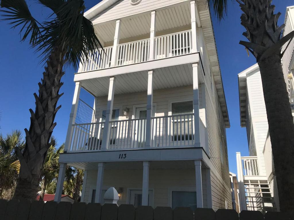 Steps To Beach Large House With