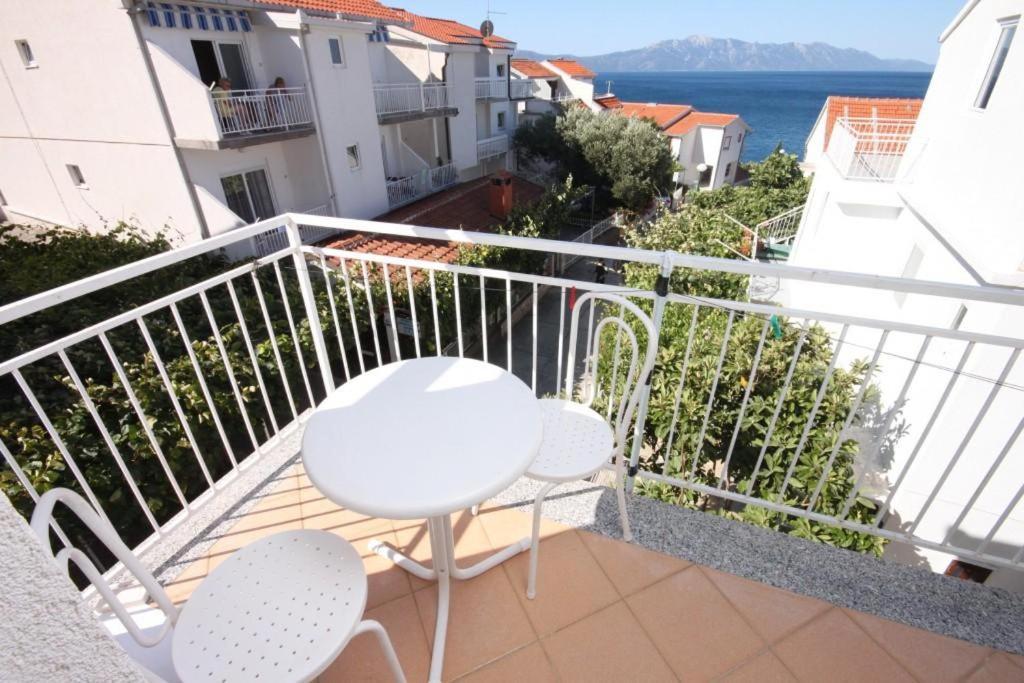 Apartments by the sea Podaca, Makarska - 6677