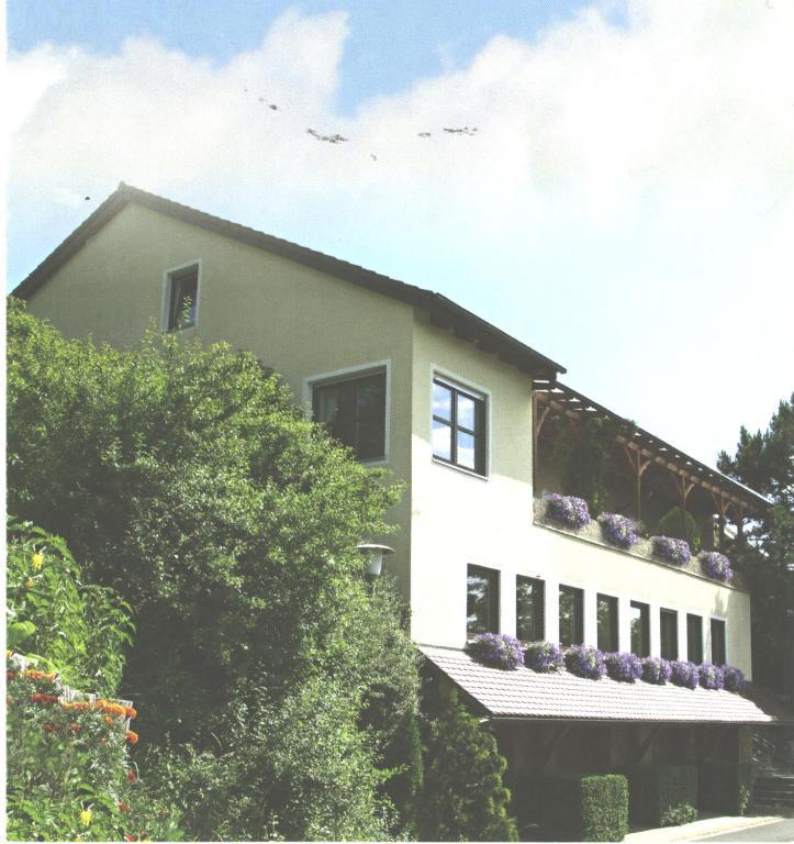 Telefonnummer emskirchen altschauerberg 8 Drachenschanze —