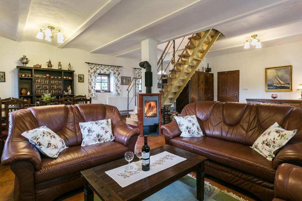 Posezení v ubytování Villa Lypche