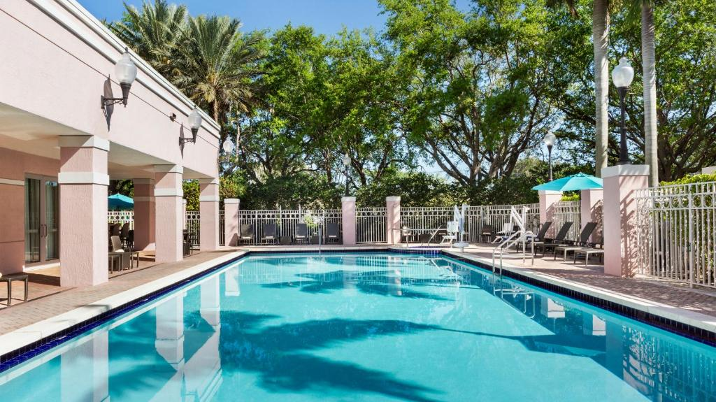 The swimming pool at or near DoubleTree by Hilton Sunrise - Sawgrass Mills