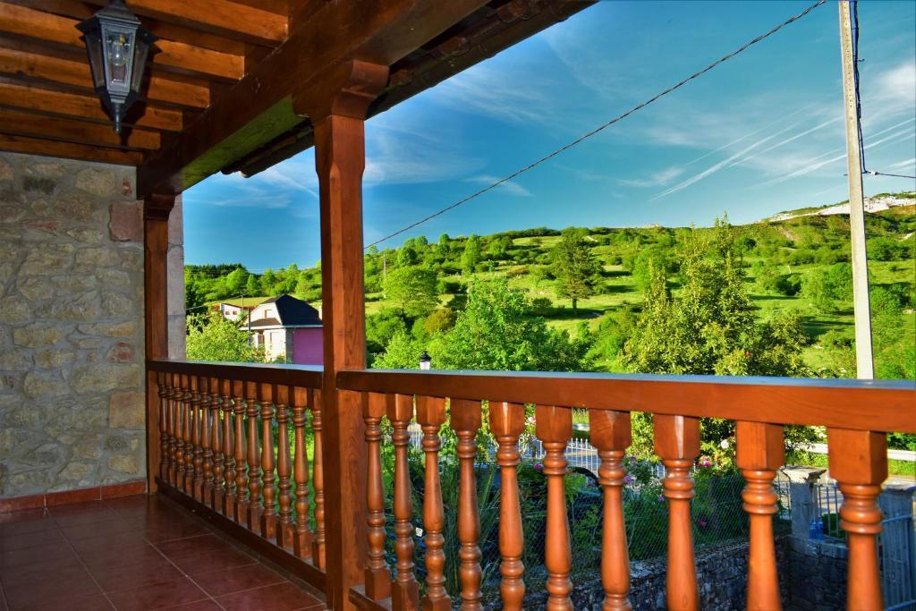Un balcón o terraza de La Cabada