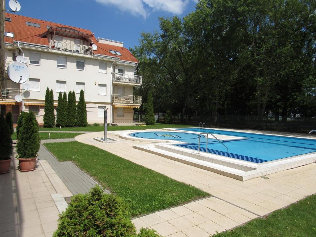 The swimming pool at or near Carpe Diem Apartment