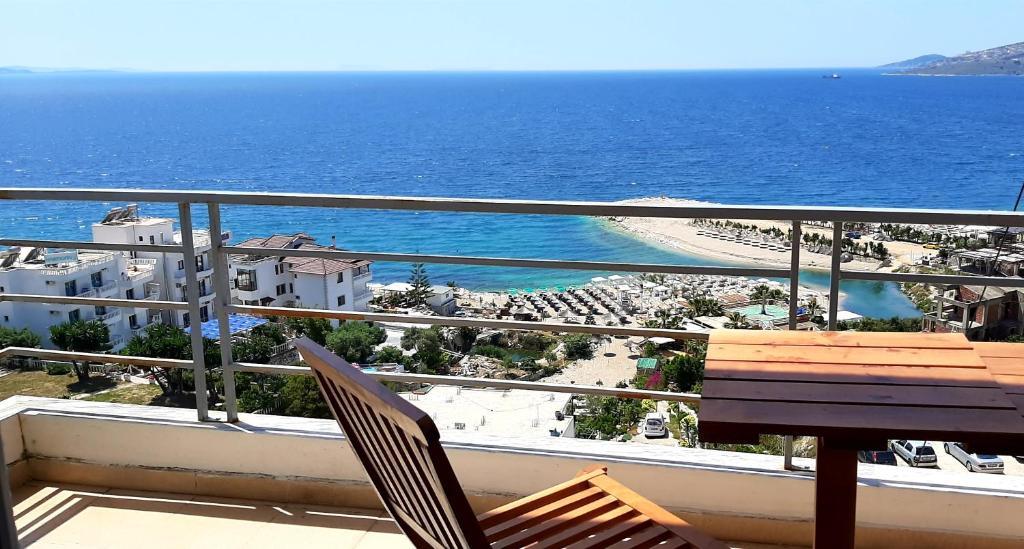 Загальний вид на море або вид на море з цей готель