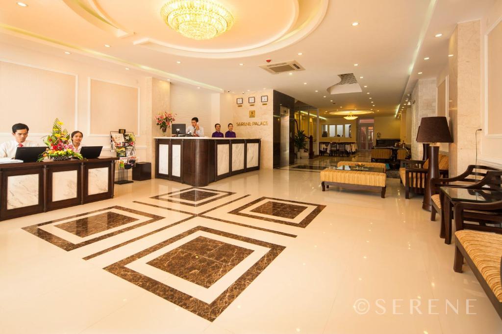 Lobby/Rezeption in der Unterkunft Hue Serene Palace Hotel