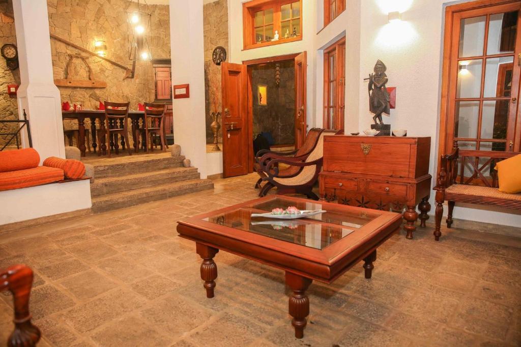 Coin salon dans l'établissement Gruhaya Boutique Villa