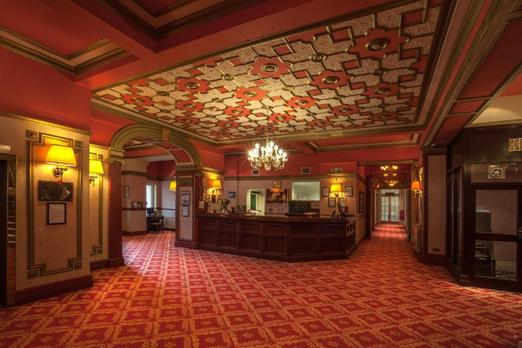 The Savoy Hotel - Laterooms