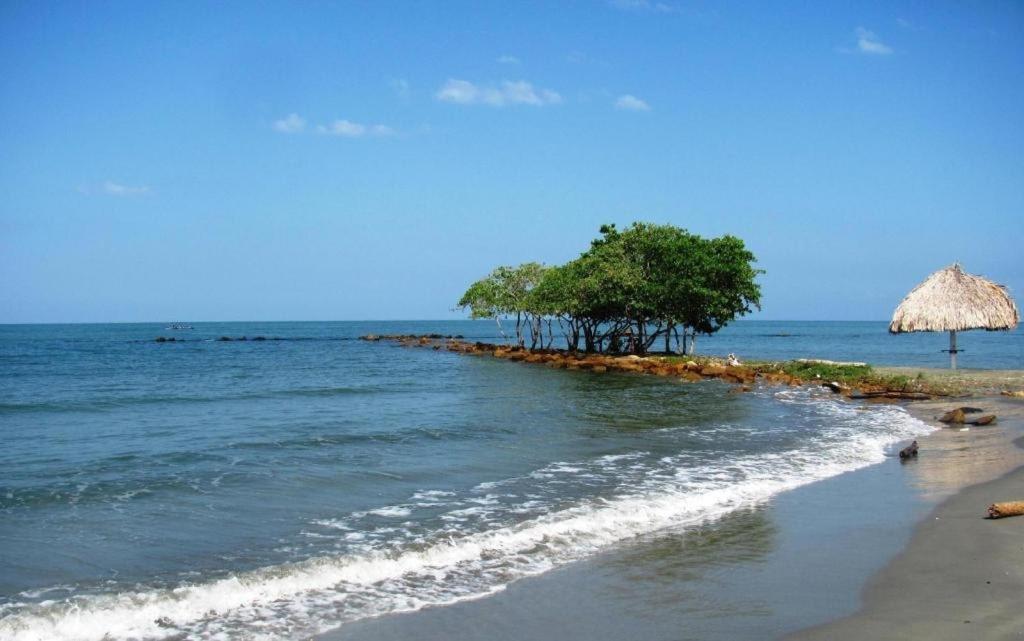 Cabaña Coveñas Punta Bolivar