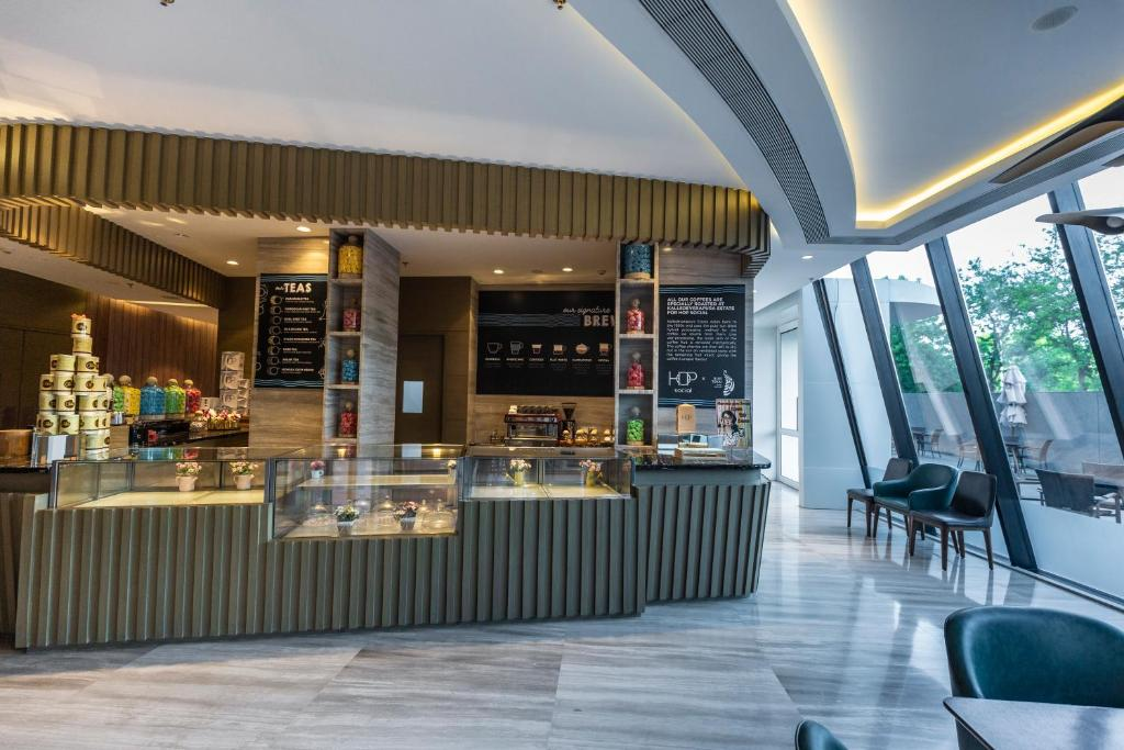 A restaurant or other place to eat at DoubleTree by Hilton Ahmedabad