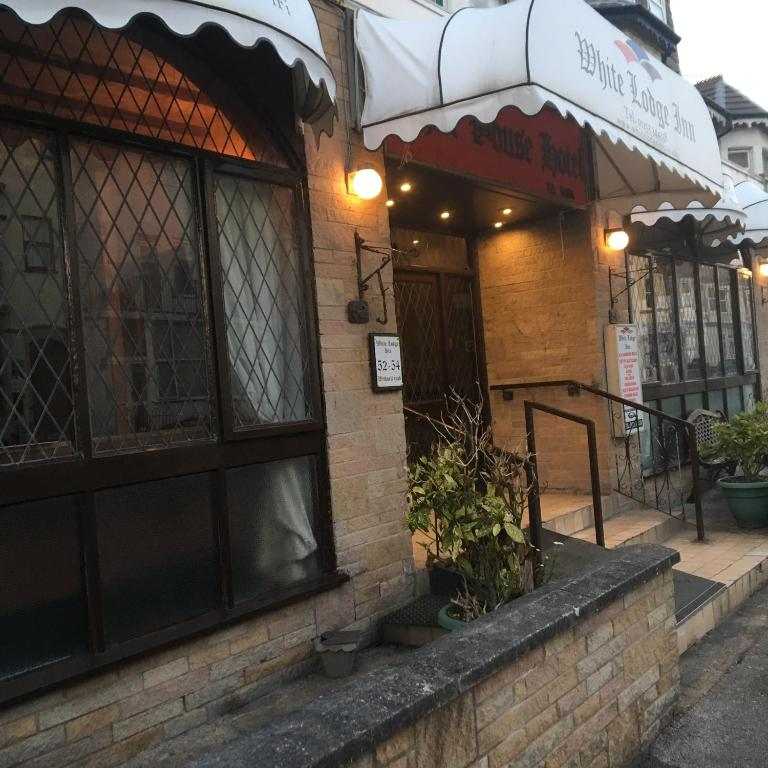 White Lodge Inn - Laterooms