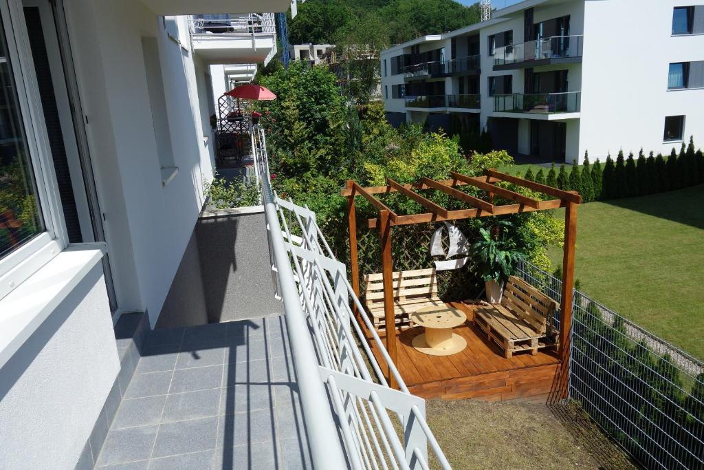 Balkon lub taras w obiekcie Bernadowska Apartmenty Lu