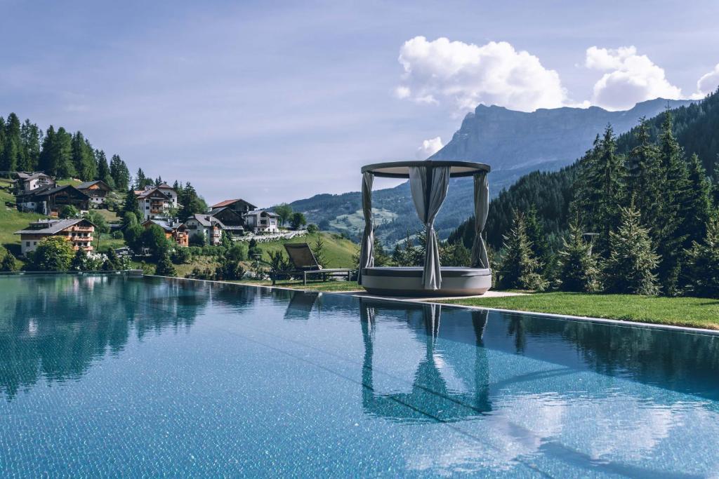 Hotel Cristallo - Wellness Mountain Living La Villa, Italy