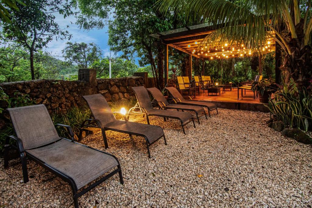 The swimming pool at or near Hacienda Guachipelin Volcano Ranch Hotel & Hot Springs