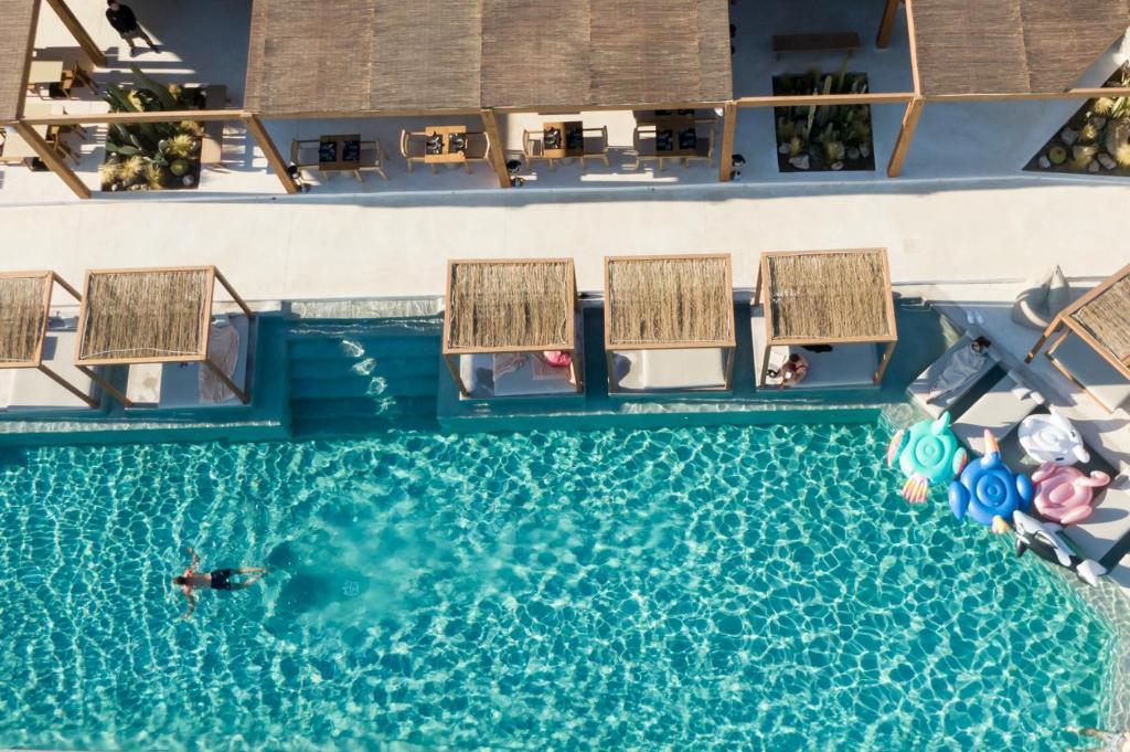 Piscine de l'établissement Rocabella Mykonos Hotel ou située à proximité