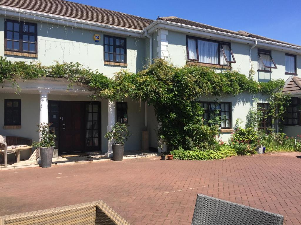Parc Lodge Guest House - Laterooms