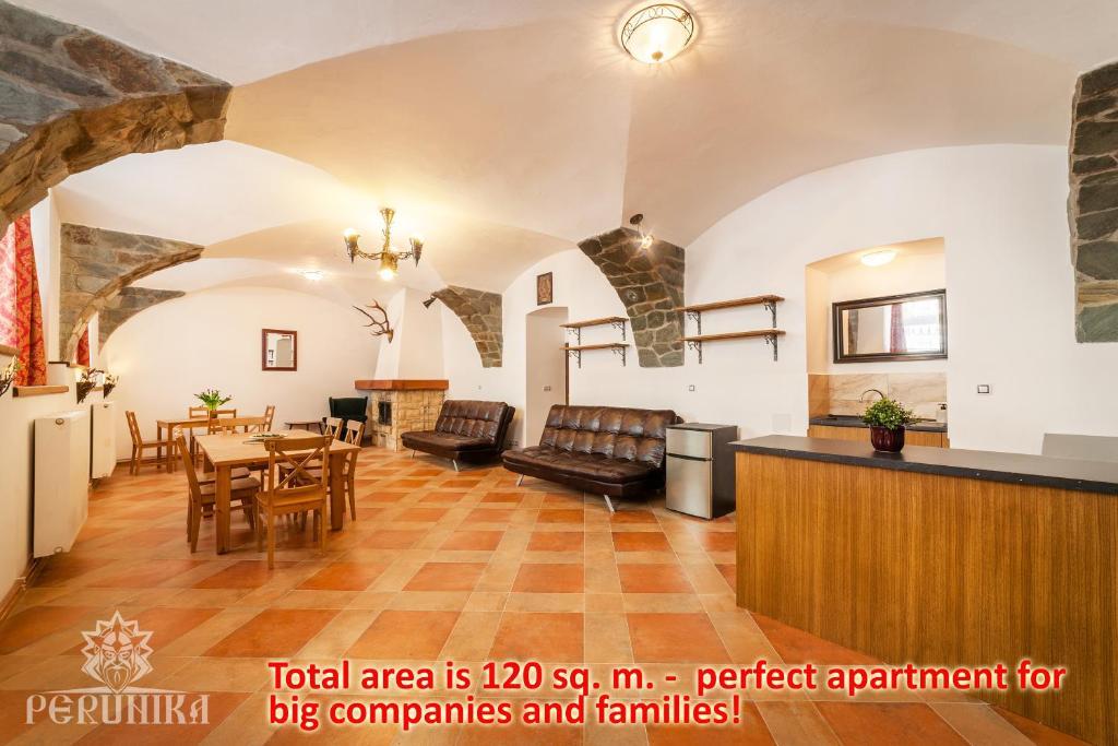 Hall o reception di Perunika Apartment in Prague