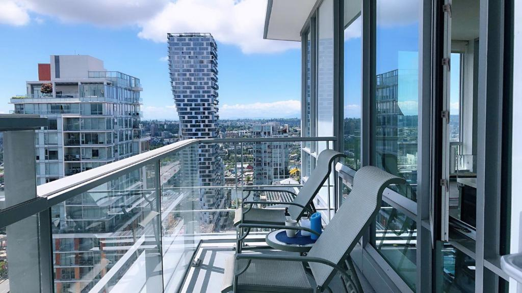 Brand New Seaview High Rise Apartment Downtown Vancouver Canada Booking Com