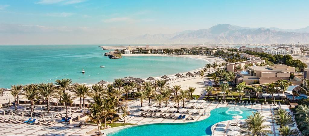 منظر Hilton Ras Al Khaimah Beach Resort من الأعلى