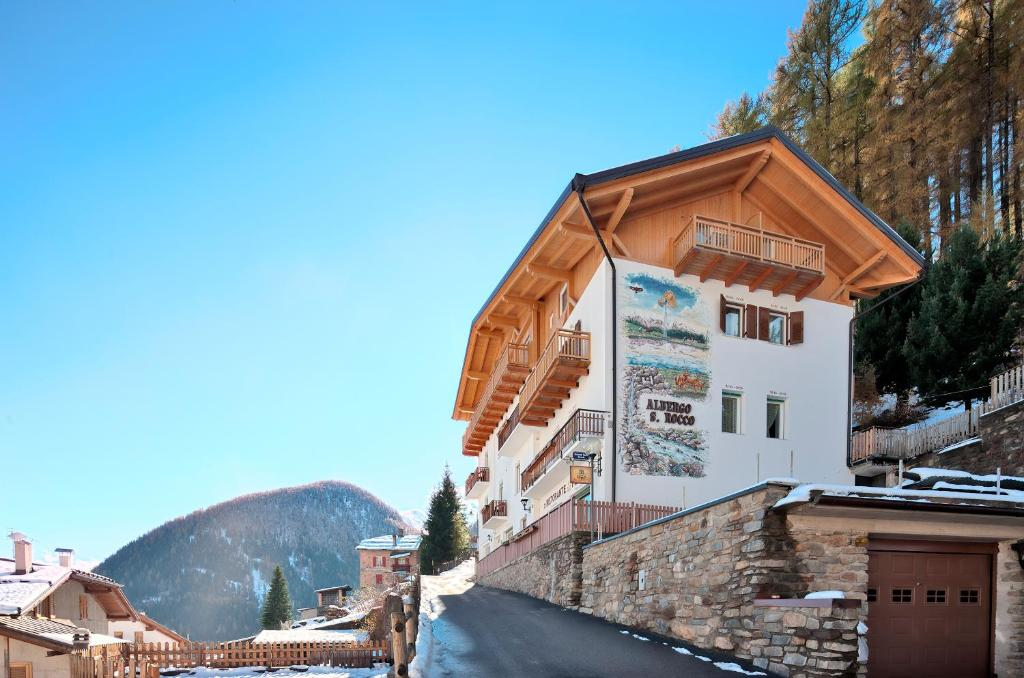 Albergo San Rocco during the winter