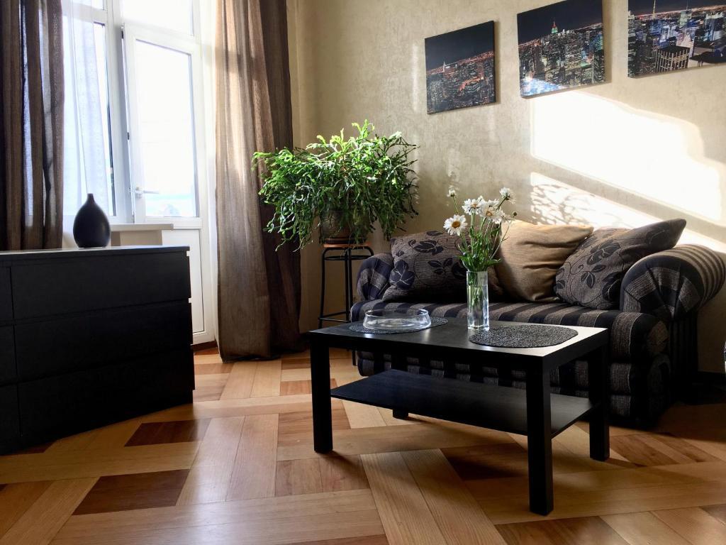 A seating area at Apartment on Frunzenskaya 48