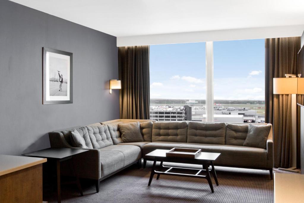 Radisson Blu Hotel Manchester Airport - Laterooms