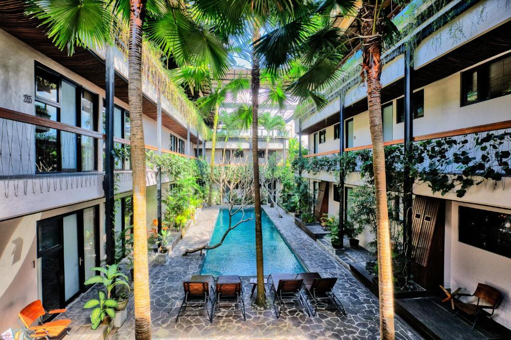 A view of the pool at Outpost Ubud Penestanan Coworking & Coliving or nearby