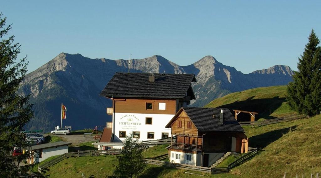 Almhotel Fichtenheim Berg im Drautal, Austria