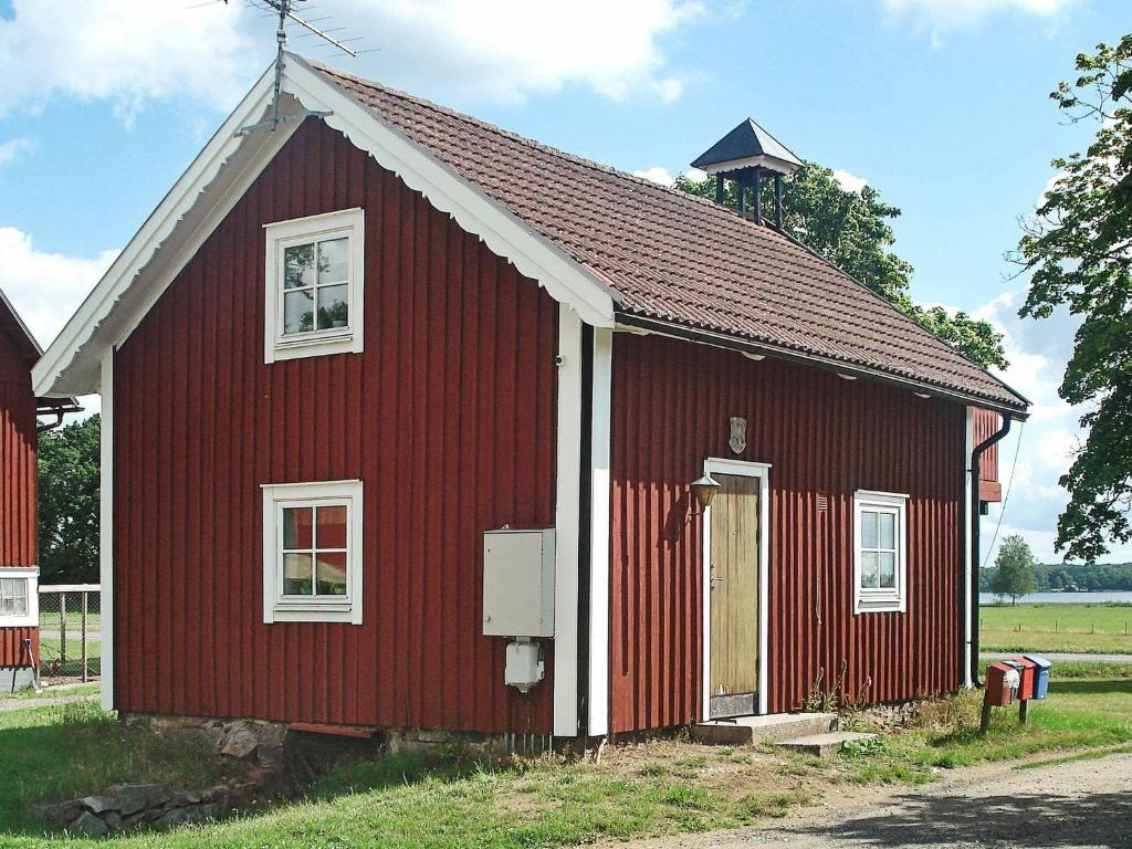 Two-Bedroom Holiday home in Lönashult 1