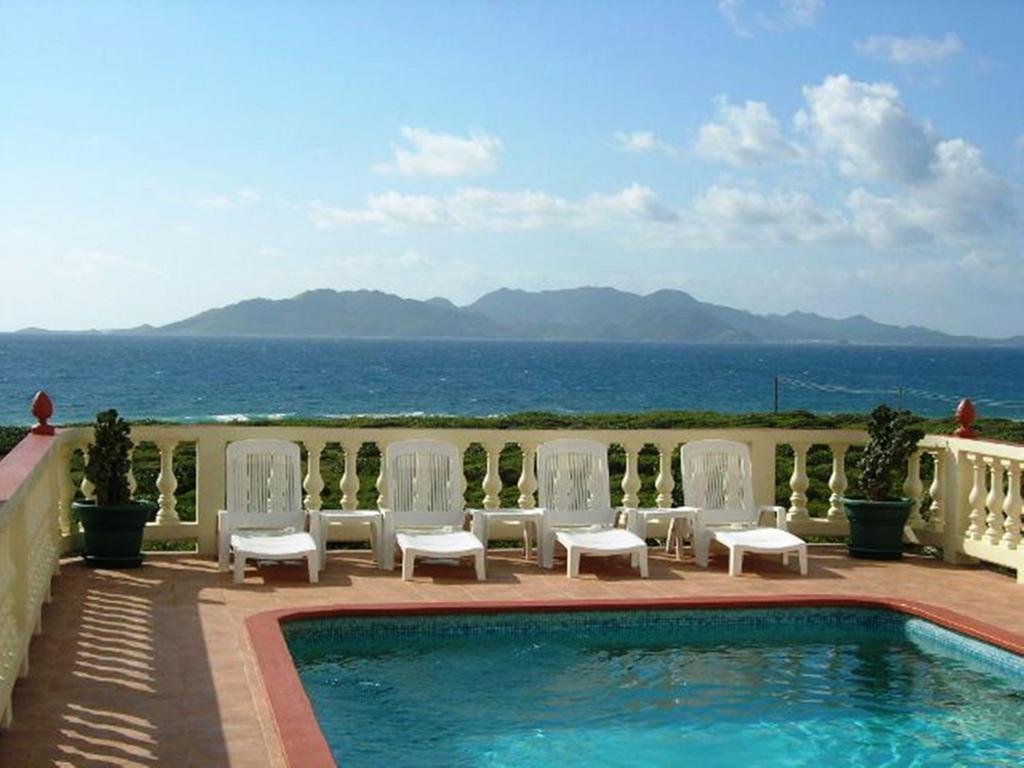 The swimming pool at or near Ocean Terrace Condominiums