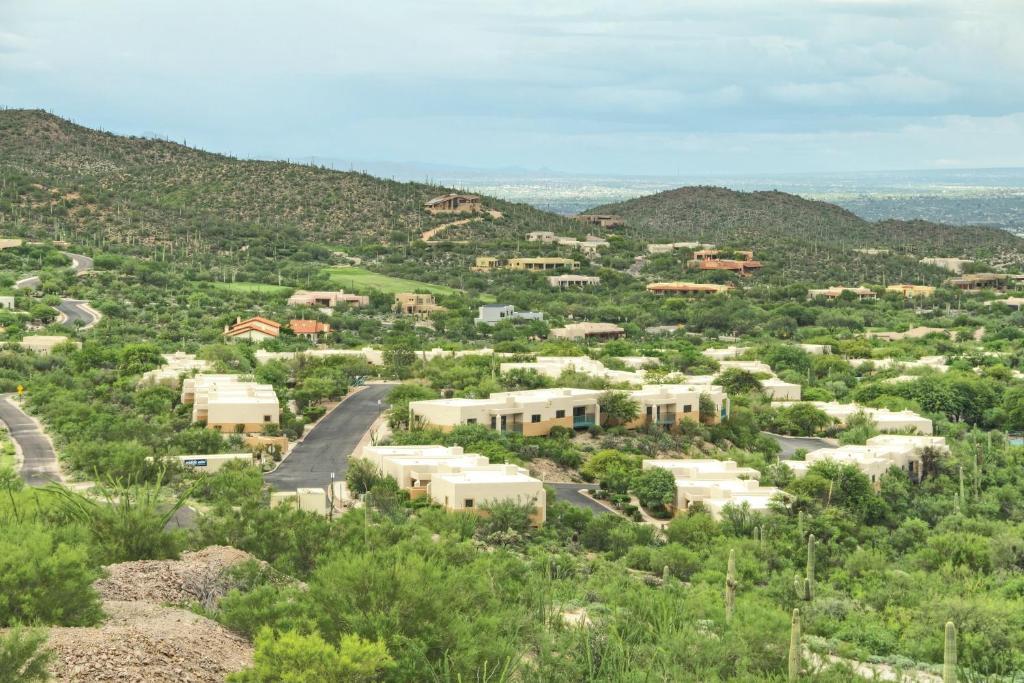 A bird's-eye view of Starr Pass Golf Suites