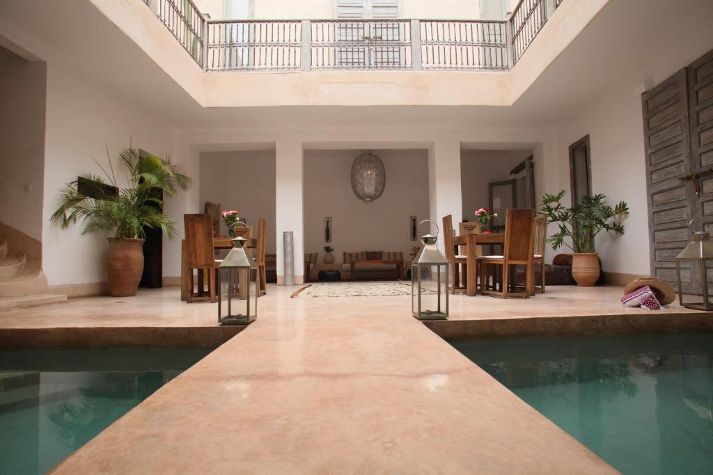The swimming pool at or near Riad De Vinci & SPA