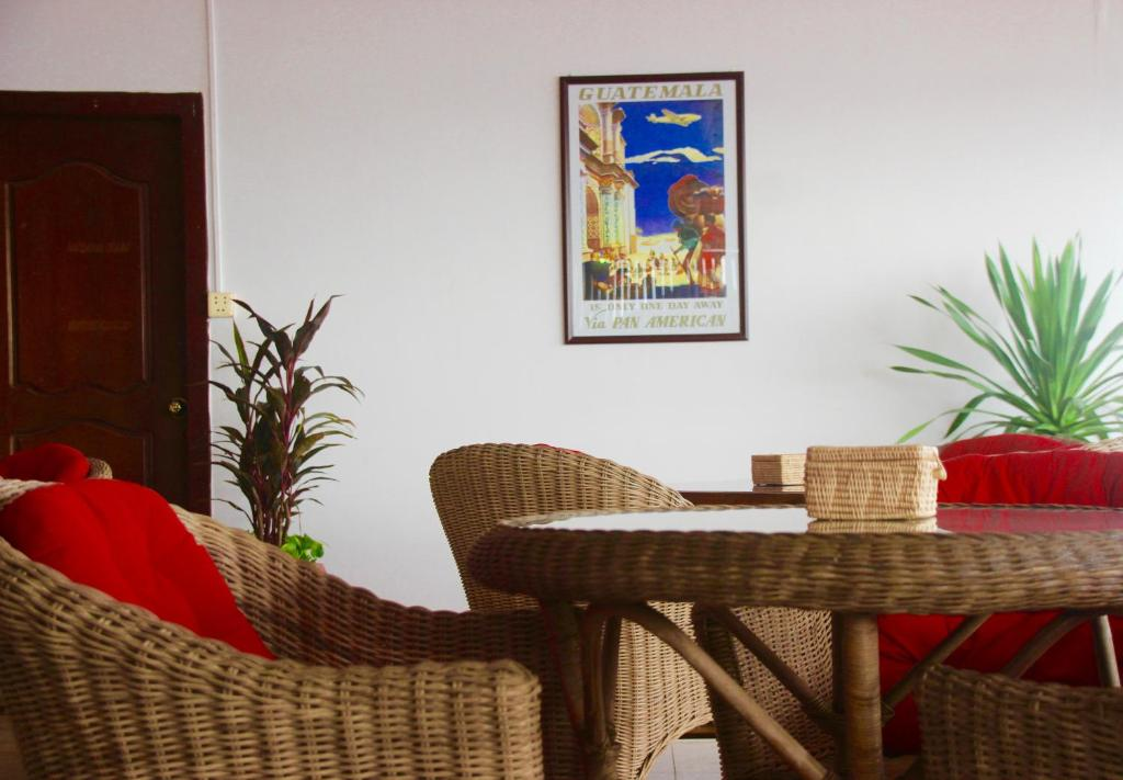 A seating area at Sorya Guesthouse