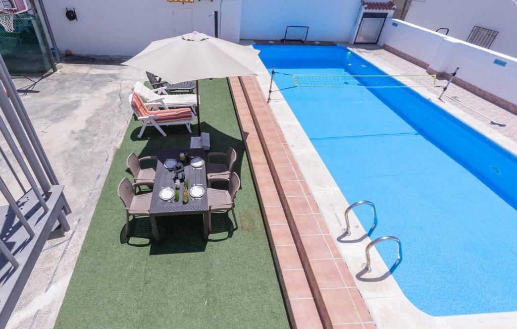 Vista de la piscina de Casa Pepita o alrededores