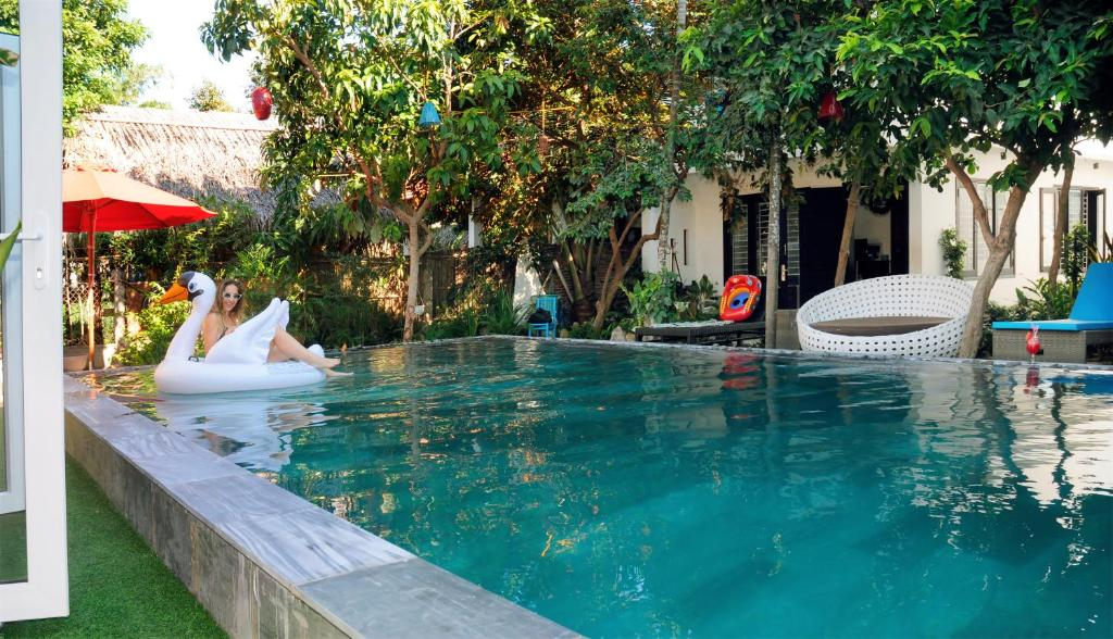 The swimming pool at or close to Hoi An Mountain House Villa