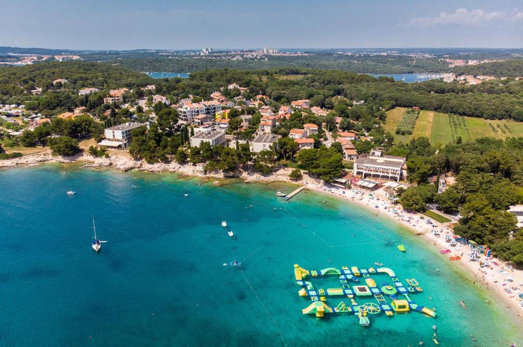 Een luchtfoto van Centinera Resort