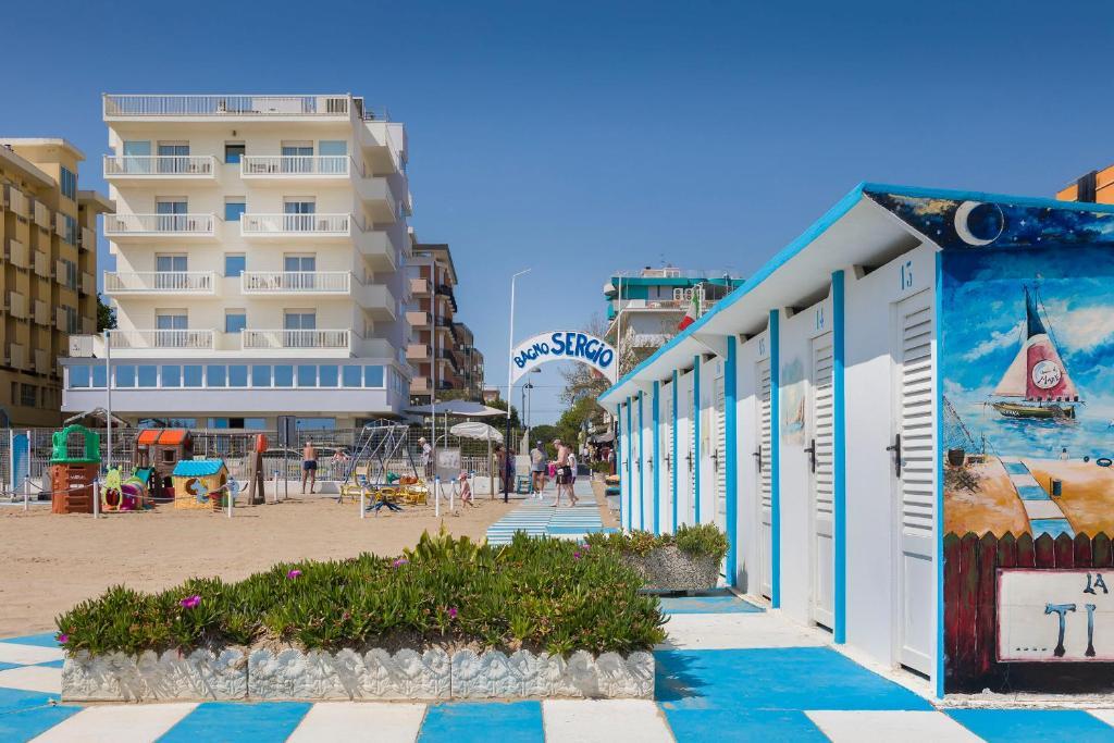 Hotel Ghirlandina Rimini, Italy
