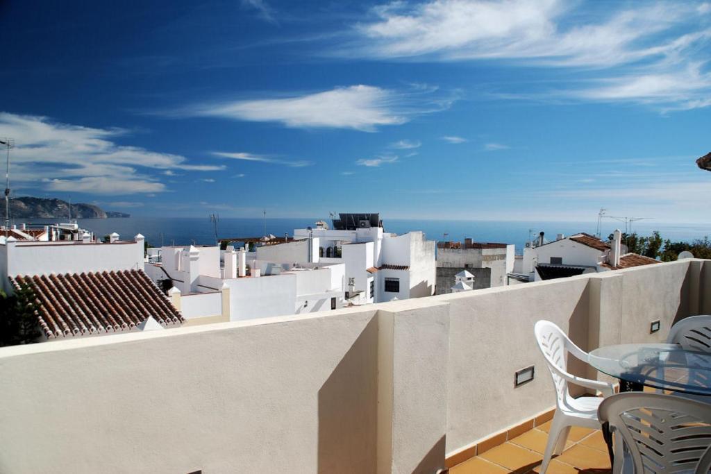 En balkong eller terrass på Apartamentos Plaza