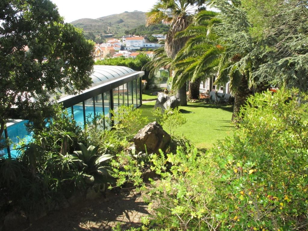 A view of the pool at Morada Sol - Holiday Villas in Cascais or nearby