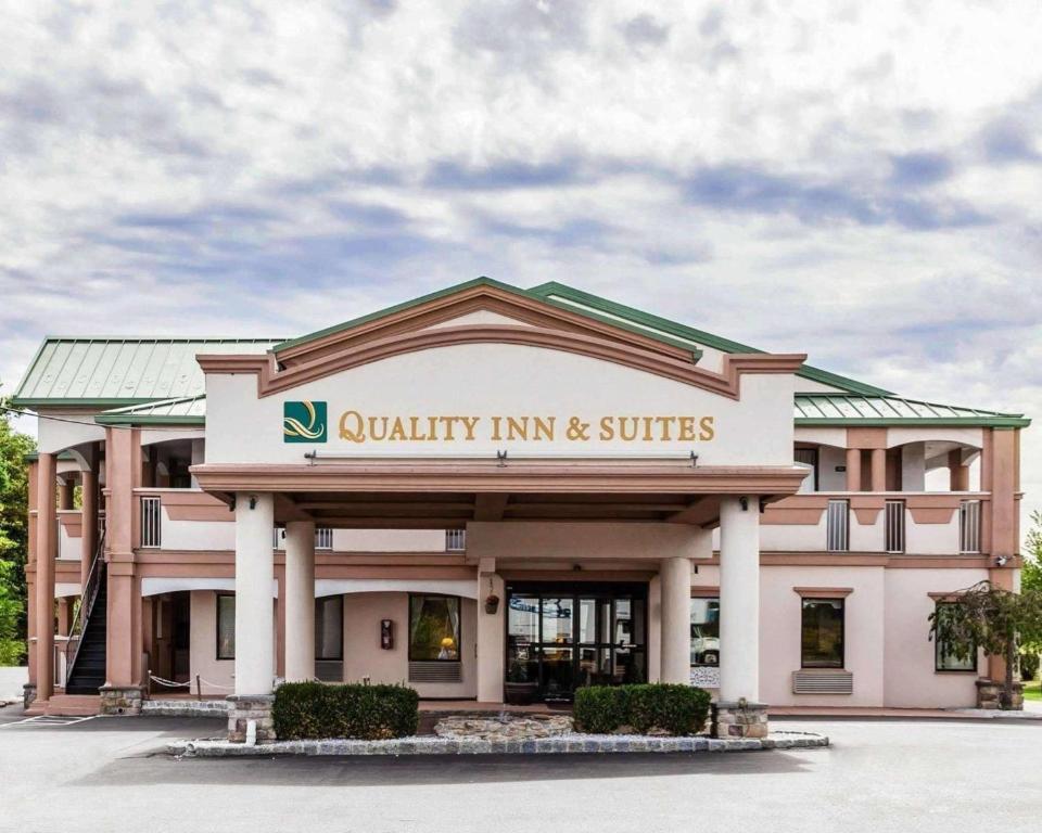 Quality Inn & Suites Quakertown-Allentown