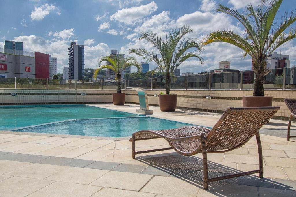 The swimming pool at or close to Alven Palace Hotel