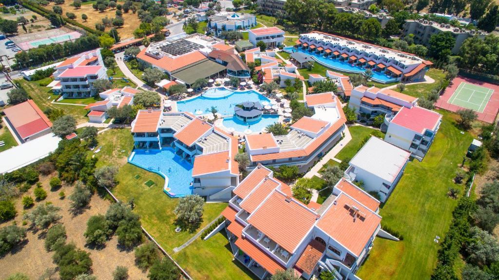 Widok z lotu ptaka na obiekt Lydia Maris Resort & Spa