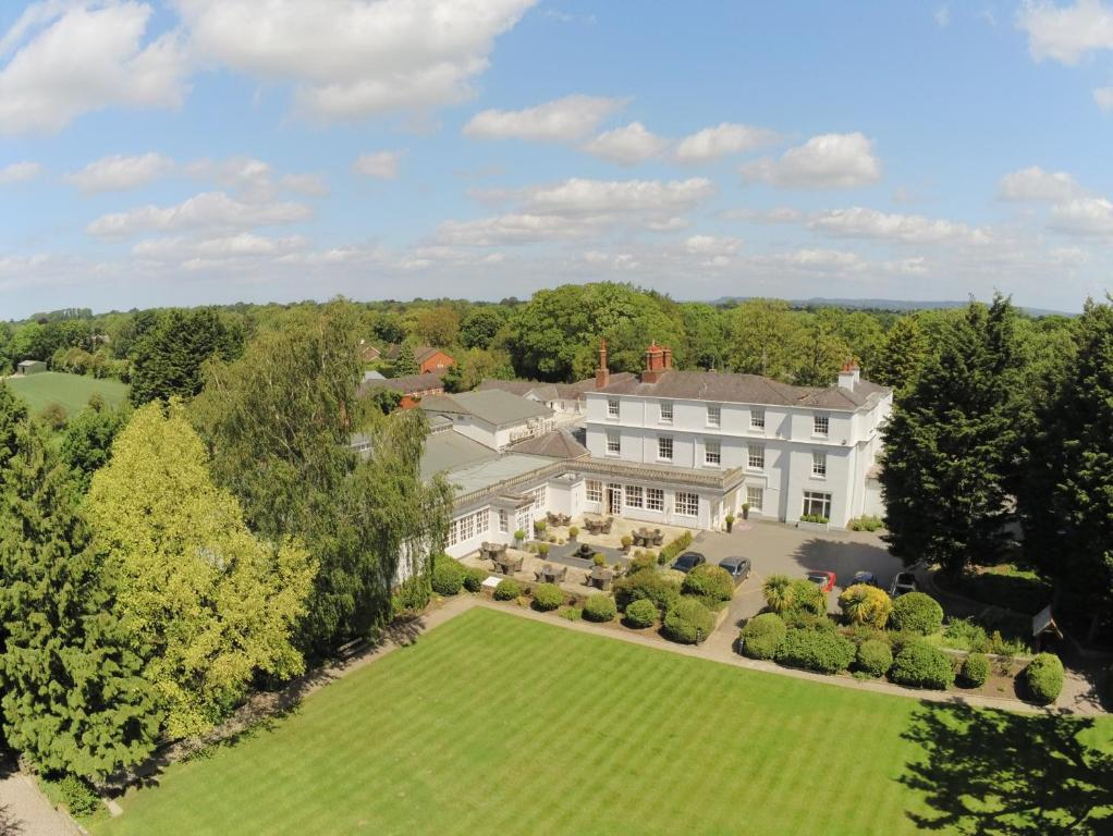 Rowton Hall Hotel and Spa - Laterooms