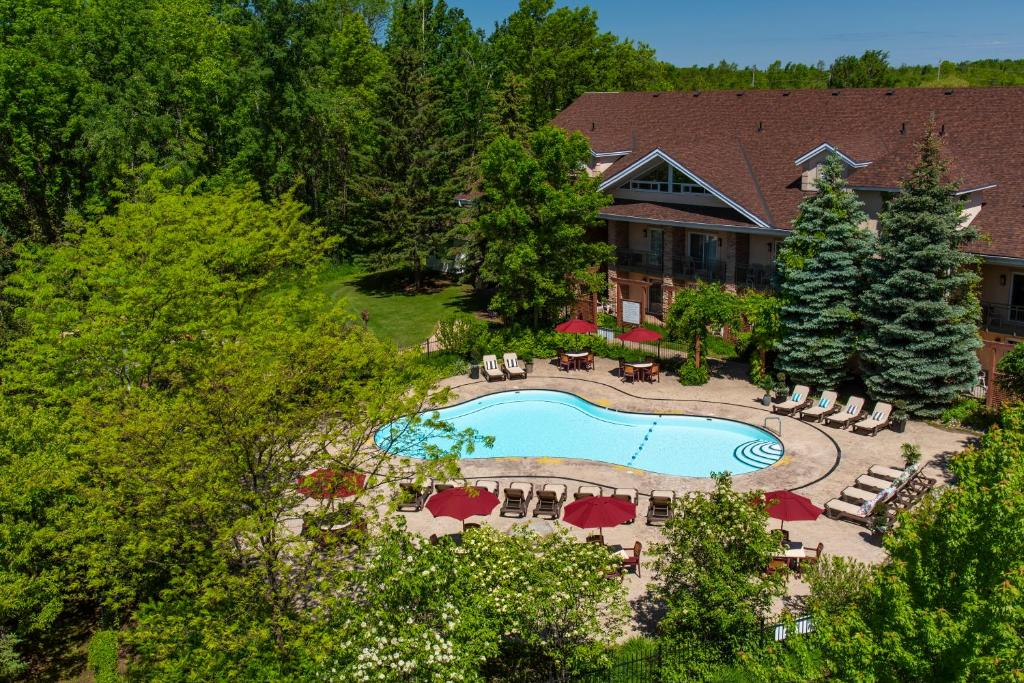 A view of the pool at Georgian Bay Hotel Trademark Collection by Wyndham or nearby