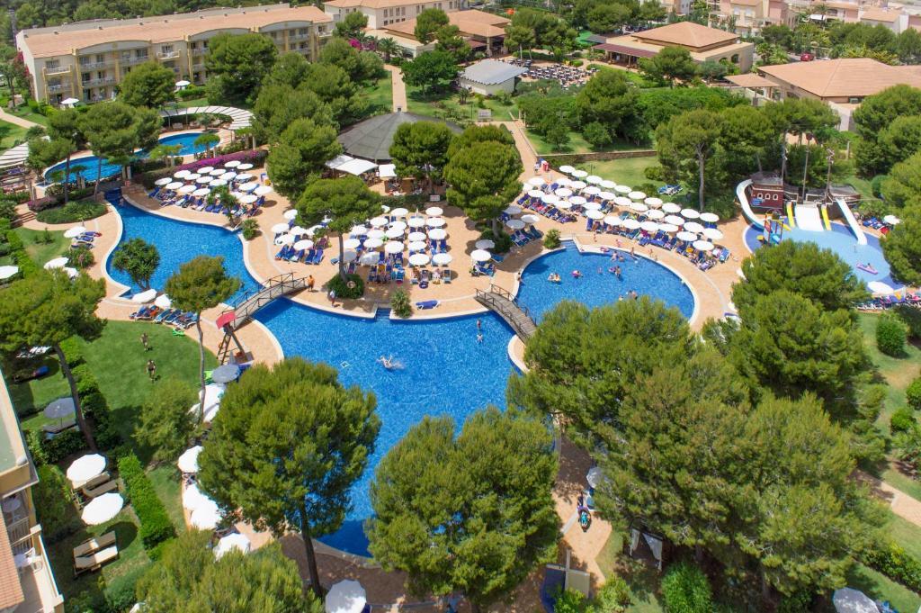 Widok z lotu ptaka na obiekt Zafiro Mallorca & Spa