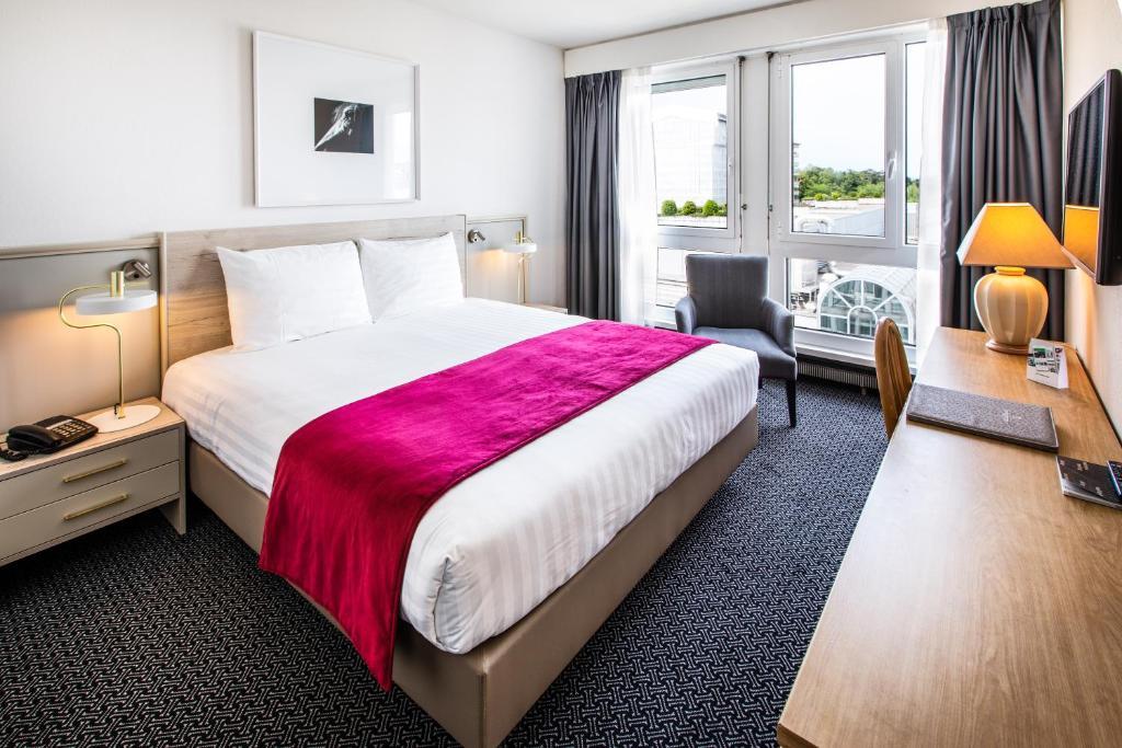 Hotel Drake-Longchamp Geneva, Switzerland