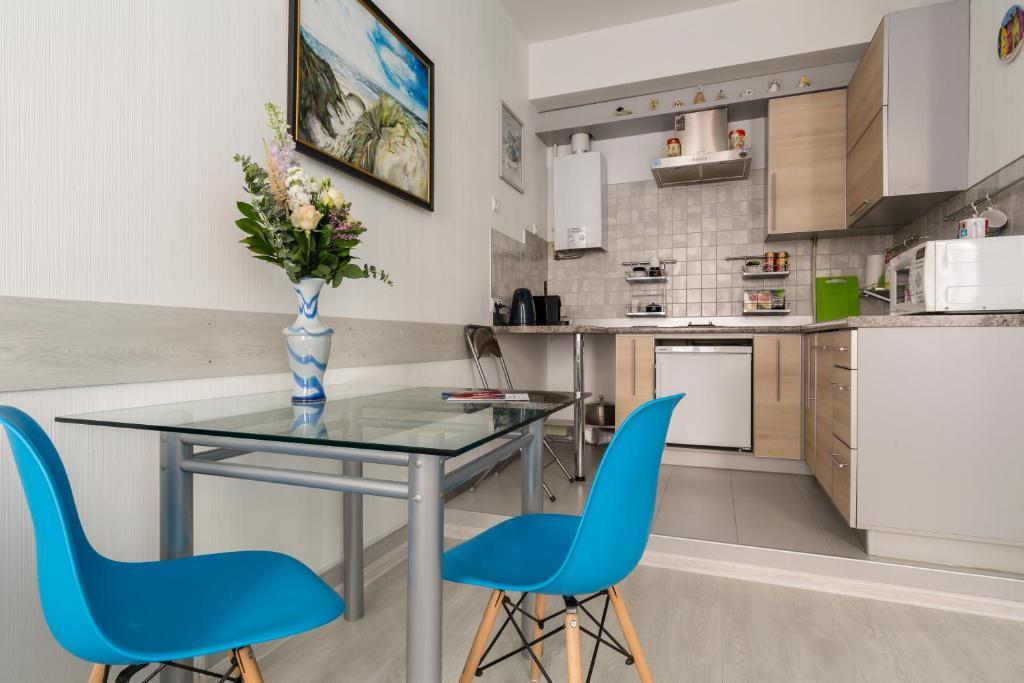 Кухня или мини-кухня в Ваш Дом в Сердце Петербурга